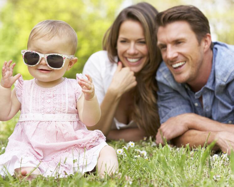 Matrimonio Y Familia : El matrimonio y los hijos aumentan la felicidad